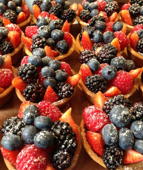 I'm lucky! The Farmers Market in LA is still crazy with beautiful summer berries. Before the cool weather sets in, make these fresh fruit tartlets. This fresh bite is all you need!